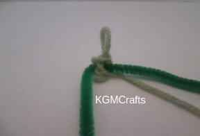 tie the loop to the pipe cleaner