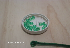 add bead to pipe cleaner