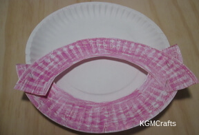 place rim on other paper plate