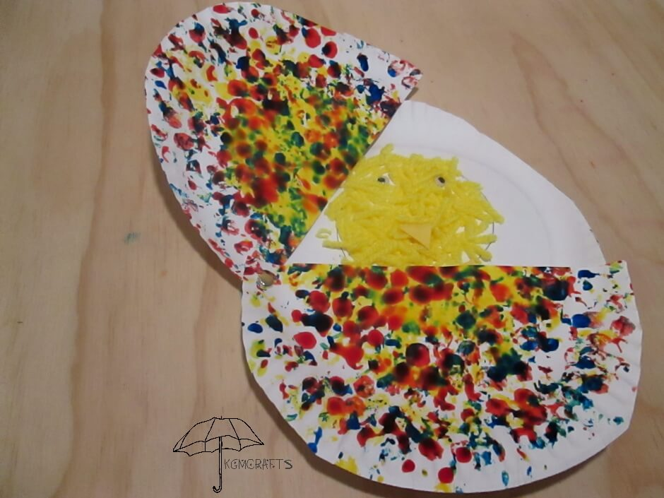 paper plate egg with chick
