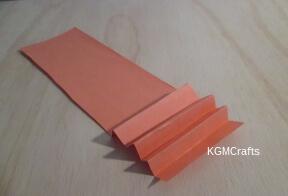 fold a piece of paper into a fan