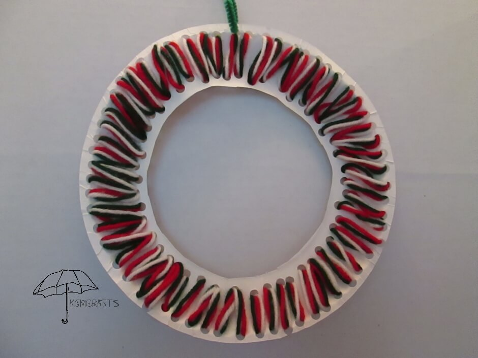 lacing wreath