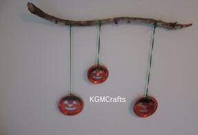 link to jack-o-lantern decoration