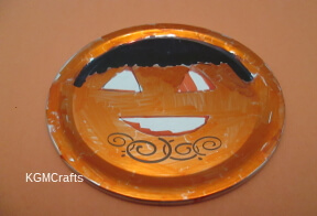 color the lid orange