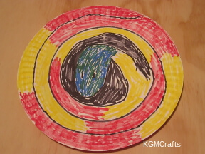 color on plate in a spiral design