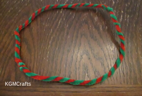 twist the pipe cleaners in a circle