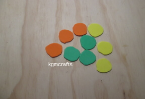 cut circles from craft foam