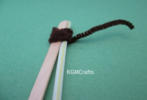 wrap pipe cleaner around straw