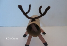 bend pipe cleaner to make horns