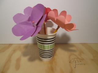 pencil topper Valentine flower