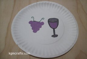 add glass and grapes to plate