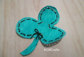 lacing card shamrock