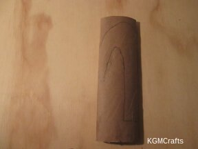 draw a hook on a paper towel roll