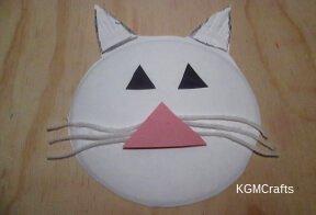 make a cat face