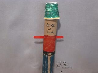 cardboard tube scarecrow